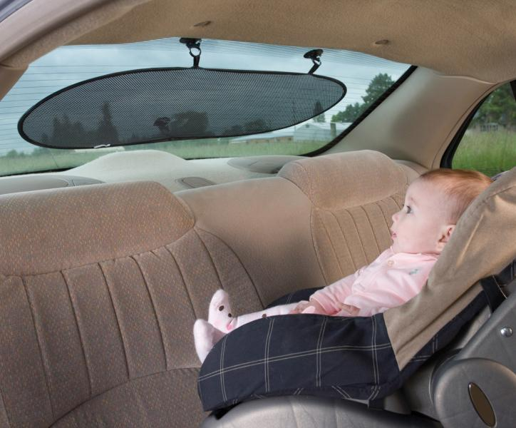 päikesevari-tagumisele-autoaknale
