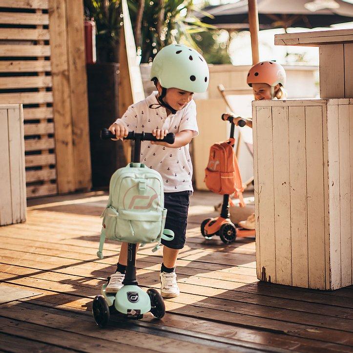 scoot-and-ride-seljakott-kiwi